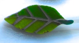 lGreen leaf Brooch